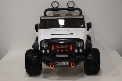 Электромобиль RiverToys Jeep A004AA-WHITE